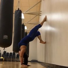 Handstand on the wall