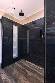 Black Marble Bathroom, Marble Room, Marble Bathroom Accessories, Beige Bathroom, Modern Bathroom, Marble Showers, Bathroom Countertops, Amazing Bathrooms, San Antonio