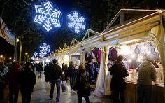 Fira de Nadal i Reis a la Rambla Marina de l'Hospitalet de Llobregat