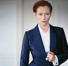 The beautifully etherial Tilda Swinton, showing women the perfect way to wear a cufflink.