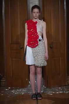 Phoebe English Spring 2016 Ready-to-Wear Collection Photos - Vogue