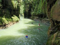 Green Canyon (Cukang Taneuh) di Pangandaran, Jawa Barat