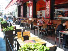 mejor imposible, tienes todos los elementos para una comida al aire libre ideal pero en pleno centro de Madrid, una combinación perfecta. ¿vienes acompañado?