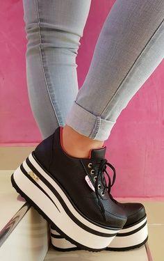 High Heel Sneakers, Cute Sneakers, Sneaker Heels, Dress With Sneakers, Sneakers Fashion, Fashion Shoes, Cute Shoes Heels, Pretty Shoes, Me Too Shoes