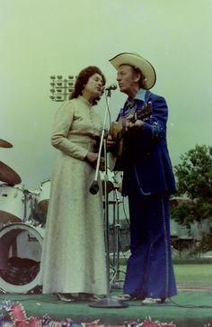 Kitty Wells & Johnny Wright