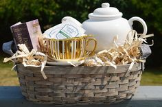 Our baskets make the perfect package for any themed gift. Fill our medium size, oblong basket with a favorite book, pretty teacup and saucer and teapot. You now have the perfect present for your reading loving friends!