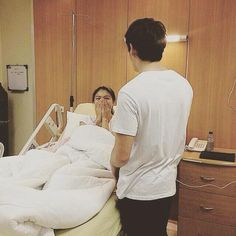 Visit Nadine at Hospital 2015 (cuuhryl) James Reid, Nadine Lustre, Jadine, Girly Pictures, Pretty Men, Celebs, Dan, Pumpkin, Filipino