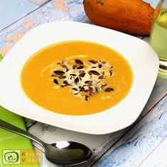 Healthy Snacks, Healthy Recipes, Cheeseburger Chowder, Thai Red Curry, Bacon, Soup, Ethnic Recipes, Health Snacks, Healthy Snack Foods
