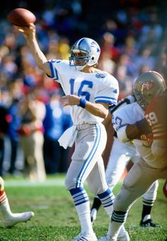 Detroit Lions quarterback Gary Danielson (16) in action against the San Francisco 49ers during the 1983 NFC Divisional Playoff game at Candlestick Park. The 49ers defeated the Lions 24-23.