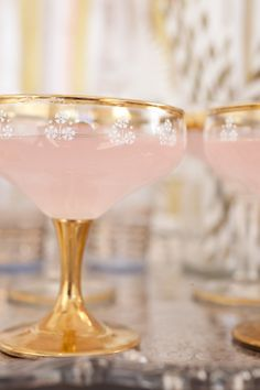 gold-champagne-coupes, vintage glasses can be found, and the lend elegance from the past to your champagne bar tray