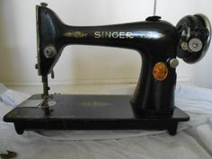 1929 Singer Sewing Machine Model 66 Serial # AC595921