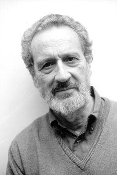 La obra de Vicente Rojo es fundamental para entender la plástica mexicana de la segunda mitad del siglo XX e, incluso, la contemporánea. http://www.mexicanisimo.com.mx/vicente-rojo/#header