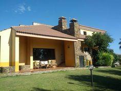 #AffittoCasaVacanzeSardegnaCostaSud: villa Fiametta, a 9 km da Nora e dal suo sito archeologico, offre Parcheggio gratuito, aria condizionata, balcone...