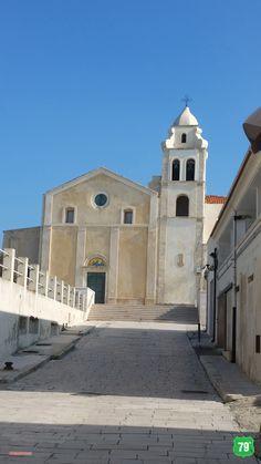Parrocchia San Francesco  #Vieste #Gargano #Puglia #Italy #Italia #79thAvenue #EIlViaggioContinua #AlwaysOnTheRoad