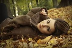 I love everything about this portrait, from the composition, point of view, and most of all the setting. Autumn Photography, Senior Photography, Portrait Photography, Photography Ideas, Girl Senior Pictures, Senior Girls, Fall Pictures, Fall Photos, Fall Portraits