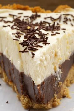Chocolate Cookie Dough Cheesecake: 30 No-Bake Pies You Can Make in 30 Minutes or Less via @PureWow