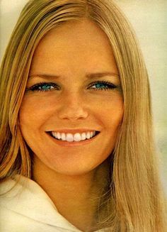 janebrickley:  Cover Girl Cheryl Tiegs, May 1970