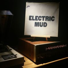 Cadet Concept 1981 RE Album- Electric Mud Artist- Muddy Waters  #nowplaying #nowspinning #blues #muddywaters #vinyljunkie #vinylporn #vinyladdict #vinyllove #recordaday #recordcollection #vinyl #records #vinyligclub #vinyloftheday #vinylcollective #vinylcollectionpost #vinyligcommunity #electricmud by worthy_wax