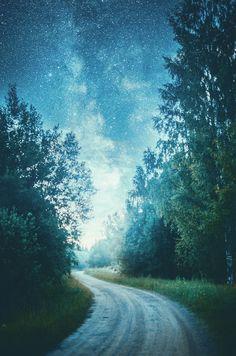 Midsummer night / 500px )