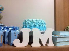 Foto de cliente com nossos bolos