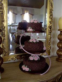 Cake Decorating Classes Lincolnshire : CHOCOLATE WEDDING CAKE GRIMSBY LINCOLNSHIRE