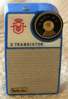 Vintage Mellow-Tone 2 transistor Boy's Radio, made in Japan.