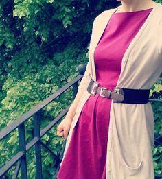 Petit ajustement avant de partir, avec une ceinture ça fait plus habillé. Là il faut vraiment que je file... #jesuisalabourre #magnetesfesses #mmmay16 Laissez Lucie Faire, Instagram Posts, Fashion, Belt, Moda, Fashion Styles, Fashion Illustrations, Fashion Models