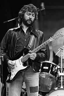 "Eric Clapton with his favourite Fender Stratocaster, ""Blackie"". Fender Stratocaster, Gretsch, Rickenbacker Bass, Jimi Hendrix, Music Icon, My Music, New Wave, Gibson Les Paul, Rock Legends"