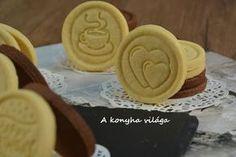 A konyha világa: Sütipecsétes keksz Hungarian Recipes, Winter Food, Creative Food, Kids Meals, Peanut Butter, Biscuits, Food And Drink, Sweets, Snacks