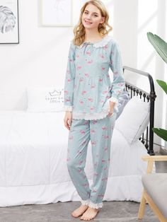 To find out about the Flamingo Print Lace Trim Babydoll Top & Pants at SHEIN, part of our latest Pajama Sets ready to shop online today! Night Suit For Girl, Girls Night Dress, Night Dress For Women, Cute Sleepwear, Sleepwear Women, Pajamas Women, Stylish Dresses For Girls, Stylish Dress Designs, Cute Night Outfits