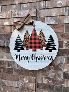 Say HELLO TO CHRISTMAS with our newest Christmas Tree Door Hanger! >>Current and trending with buffalo plaid, leopard, white washed backing, and beautiful script lettering this is a one stop shop to have the most aDOORable door this Christmas sea Hanger Christmas Tree, Christmas Signs Wood, Christmas Door Decorations, Plaid Christmas, Christmas Wreaths, Pencil Christmas Tree, Farmhouse Christmas Decor, Rustic Christmas, Christmas Projects