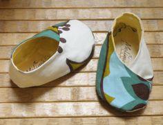 Baby girl Kimono shoes gift idea for baby by Melimebabybeeshop, $22.00