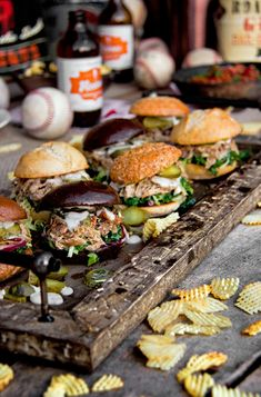 """Applewood-Smoked Chicken Thigh Sliders with Kaleslaw and White BBQ Sauce 