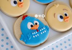 Biscoitos decorados Galinha Pintadinha e sua turma