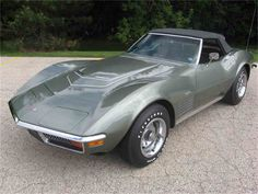 The Corvette Stingray is one of the most popular sports cars of all time. The Stingray goes all the way back to the and is still produced today. Old Corvette, Classic Corvette, Corvette For Sale, Chevrolet Corvette Stingray, Yellow Corvette, 1969 Corvette, Corvette Summer, New Sports Cars, Sport Cars