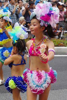 Beautiful Japanese Girl, Beautiful Little Girls, Samba, Friday Funny Pictures, Carnival Girl, Ciara Bravo, Cute Kids Pics, Festival Girls, Young Girl Fashion