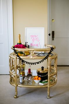 """theglitterguide: """"Tomorrow our editorial director shares how to style 3 different bar areas in your home. Love her gin art piece. Photo by Look for more tomorrow """" Black Bar Cart, Gold Bar Cart, Bar Cart Styling, Bar Cart Decor, Mini Bars, Home Modern, Trendy Home, Trendy Bar, Rattan"""