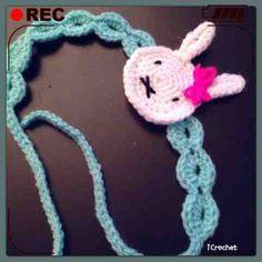 iCrochetstuff: Nijntje haarbandje haken met patroon (Miffy crochet headband with pattern) Easter Crochet, Crochet Baby, Miffy, Craft Club, Pretty Little, Hair Bows, Headbands, Crochet Necklace, Crochet Patterns