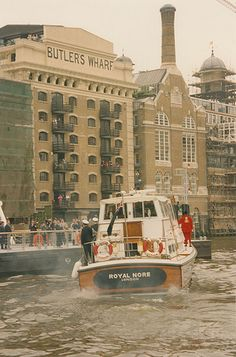 LSE. Visit of the Chancellor of the University of London, HRH Princess Anne to the School, 8 May 1986,    Journey to the development of LSE new halls of  residence at Butler's Wharf(LW16)