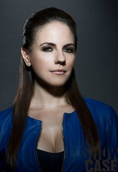 Anna Silk-Lost Girl Season 4