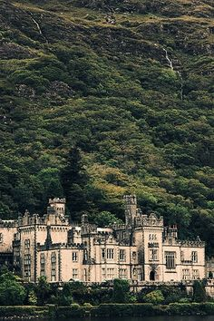 Kylemore Castle Abbey  -  Connemara, County Gallway, Ireland  -   built `1867-1870  -  Gothic architecture  - since 1920 a monastery for Benedicatine nuns who fled WWI in Ypres, Belgium   -  a world renowned boarding school for girls until 2010