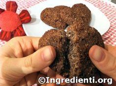Quando cocco e cacao si incontrano, nascono biscotti a forma di cuore. Una sferzata di energia per la merenda a scuola. Con pochi grassi.