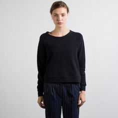 Everlane boatneck sweatshirt High quality everyday, wear everywhere sweatshirt. Super cozy. NEW never worn. Would say new with tags but Everlane products don't have tags:) Everlane Sweaters