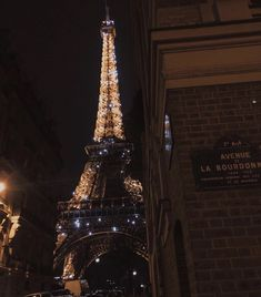 City Aesthetic, Travel Aesthetic, Aesthetic Collage, Foto Glamour, Paris At Night, Dream City, Photo Wall Collage, City Lights, Dream Vacations
