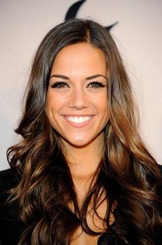Jana Kramer's hair color and style. Flawless make-up.