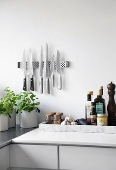 I love the knives and white marble tray Sometimes you can't afford to remodel — or you live in an apartment where remodeling is out of the question. If this is you, but you still want to add a little bit of luxury and style to your kitchen, you've got options. We've rounded up some beautiful products that will add a little bit of lovely to your kitchen, without ever picking up a sledgehammer (or even a paintbrush).