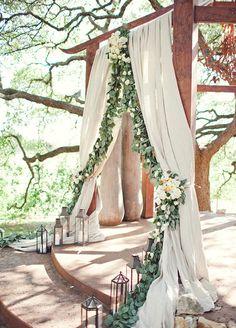Wedding Ceremony, Wedding Backdrops, Photo Backdrop Ideas || Colin Cowie Weddings