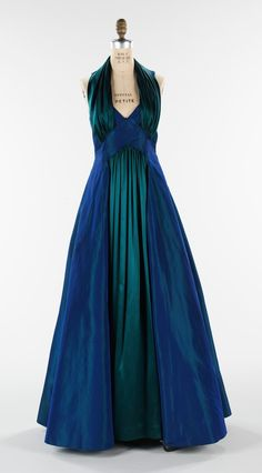 1930s Fashion, Moda Fashion, Vintage Fashion, French Fashion, Womens Fashion, Vintage Gowns, Vintage Outfits, Vintage Clothing, Mode Glamour
