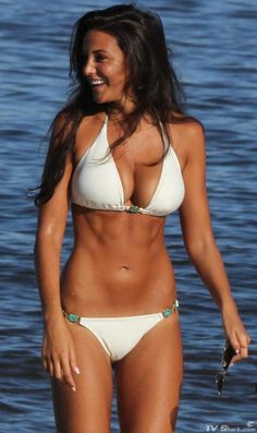 Michelle Keegan is my number celebrity girl crush atm, her body is just perfect I want it so bad!