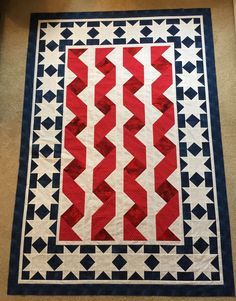 A friend from church that I've known for over 40 years mentioned that if she were to hire me to make a quilt for her, it would be a patriotic one. Blue Quilts, Star Quilts, Quilt Blocks, Quilting Projects, Quilting Designs, Quilting Board, Quilting 101, Patriotic Quilts, Patriotic Crafts